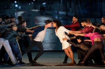 Ivo van Hove's West Side Story in première