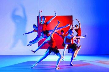 Unboxing Ballet