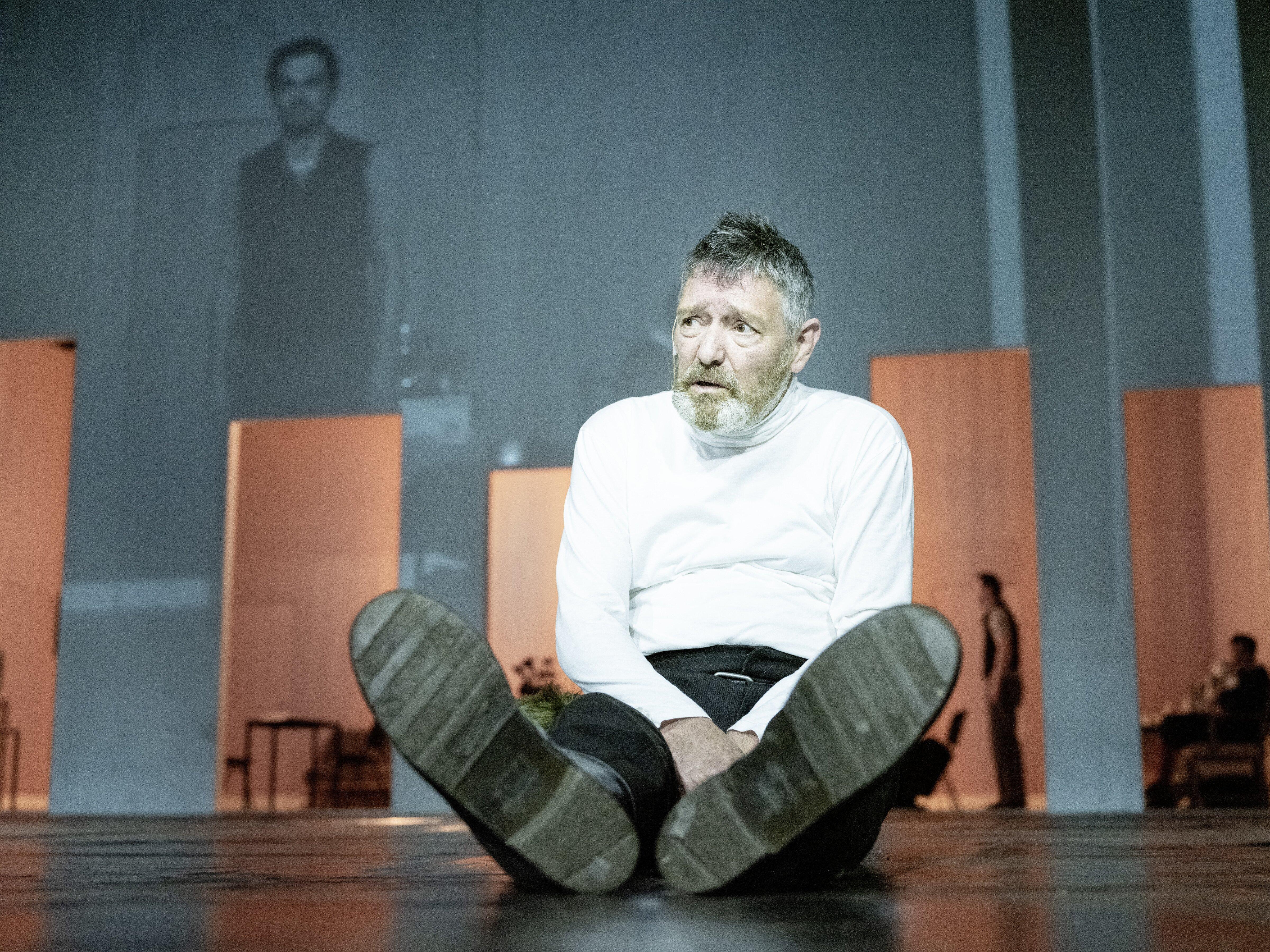 'In zijn handen is Lear een kunstwerk' - Johan Simons over Pierre Bokma